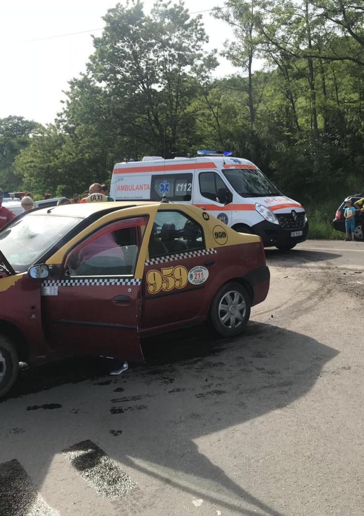 Accident provocat de un Taxi din Mediaș pe fondul neacordării de prioritate