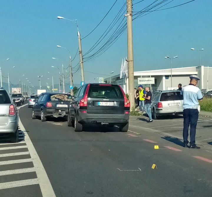 Accident cu 3  mașini implicate, la intrarea în Aeroport