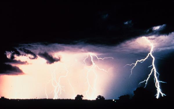 Furtuna care a făcut multe victime în Grecia se îndreaptă spre România